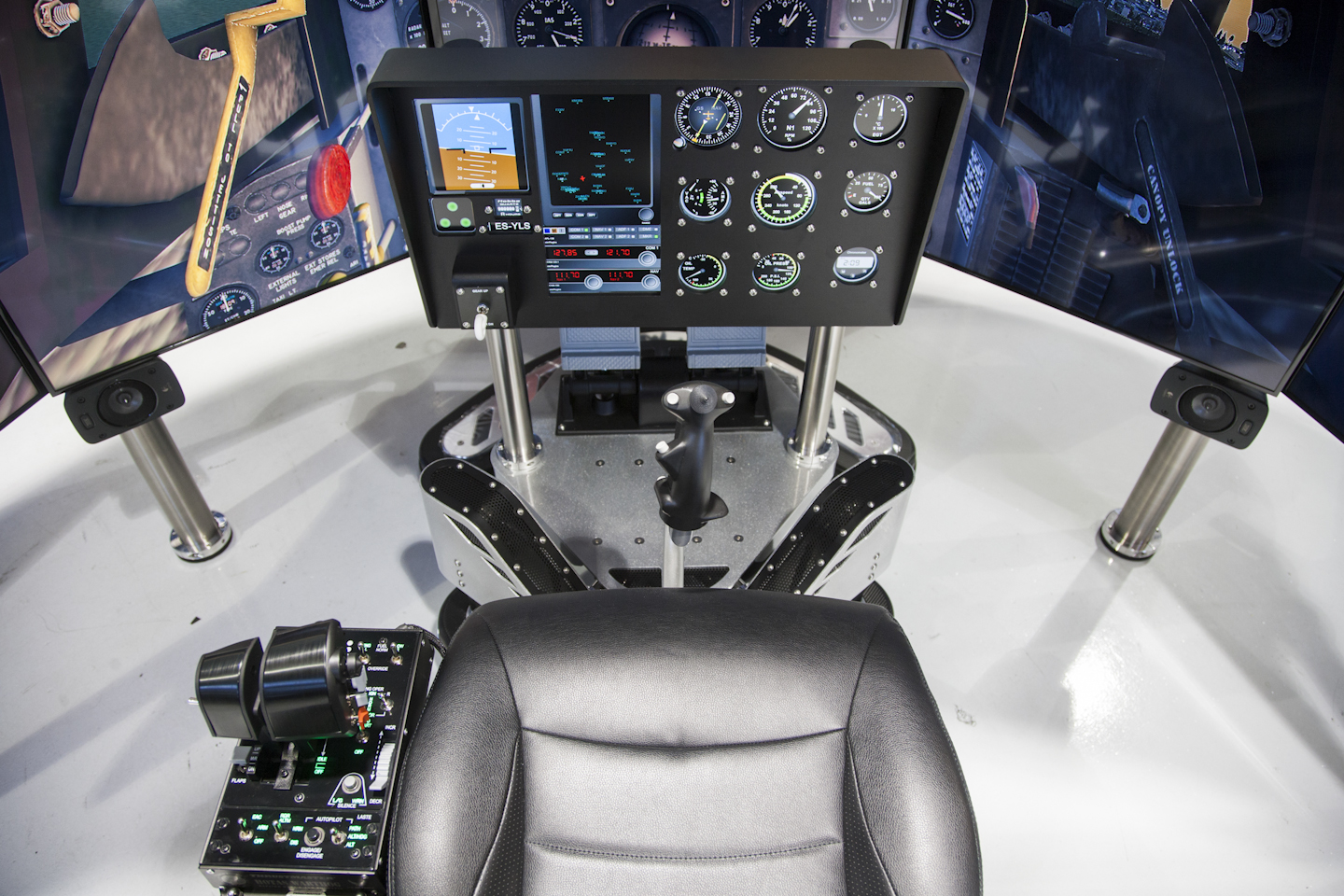 flight simulation controls